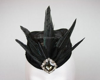 Extravagant hat for the Gothic Lady