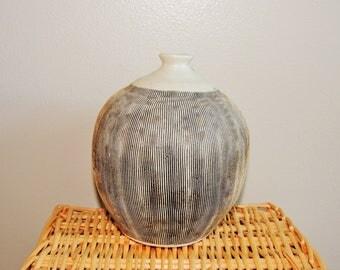 70u0027s Kravec Studios Pottery Vase, Mid Century Modern Ceramic Decorative Vase,  Clyde Burt