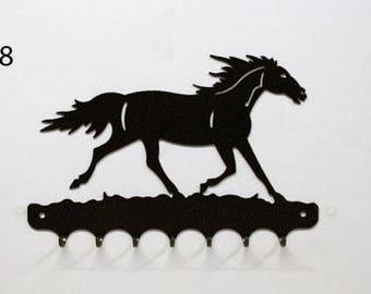 Hangs key pattern metal: horse