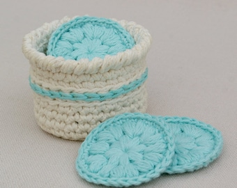 Face Scrubby Gift Set: Set of 7 Eco-Friendly Cotton Face Pads with Basket