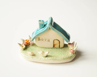 Miniature House, Housewarming Cake Topper, Ceramic House, Birds Couple, Ceramic Cake Topper by Her Moments