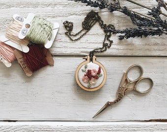 Floral Bouquet Embroidery Pendant // Embroidery Pendant // Embroidery Necklace // Embroidery Pattern // Embroidery Design //