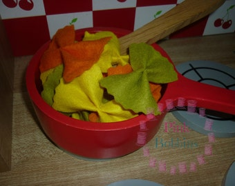 Felt food - felt pasta - felt farfalle - play bow shape pasta - tricolore pasta - toy food - play food - pretend food [10 pieces]