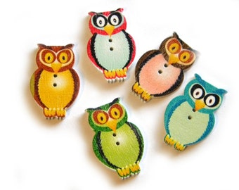 6 Wooden Owl Buttons