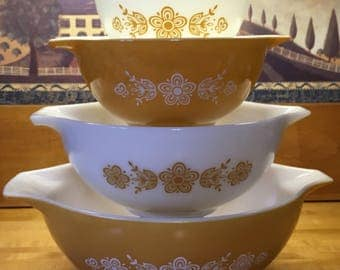 Vintage Pyrex Butterfly Gold 1 Cinderella Nesting Mixing Bowls