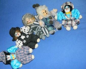 CLOWNs old little dolls dolls for DECORATION. french vintage
