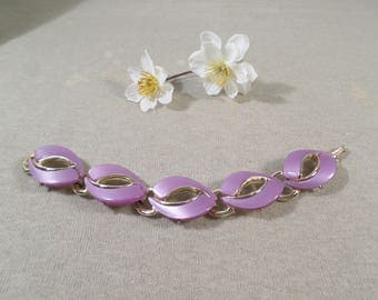 Beautiful! Vintage Gold Tone Purple Thermoset Link Bracelet!  DL#2412