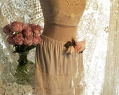 Only 1 Left, Jeanne d'Arc Living Lagenlook French Beige Tulle & Lace Skirt  size M