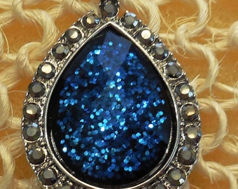 """1.50"""" Silver and Blue Sparkly Pendant"""