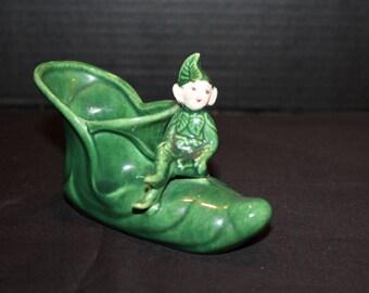 Vintage Treasure Craft California Pottery Pixie, Elf, Sitting on Elf Shoe, Green Elf Planter, Shoe Planter, Christmas, Wee Wuns (X047)