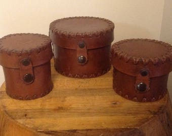 Antique Leather Camera Lens Case Set, Vintage Leather Camera Łens Cannisters, Vintage Cameras, Antique Cameras, Vintage Camera Collectibles