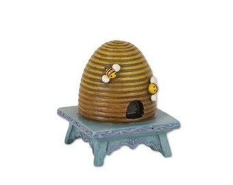 Fairy Garden  - Beehive on Stool - Miniature