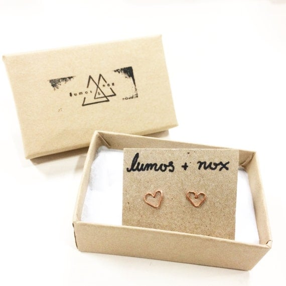 Minimalist gold/silver/copper color wire heart earring studs