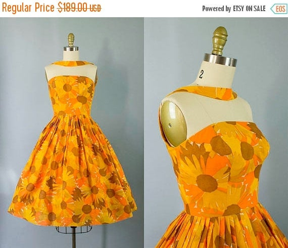 1950s Floral Halter Dress/ Small (31b/25w)