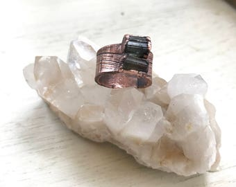 Raw Earth- Tourmaline and copper ring- size 5 / 5.5