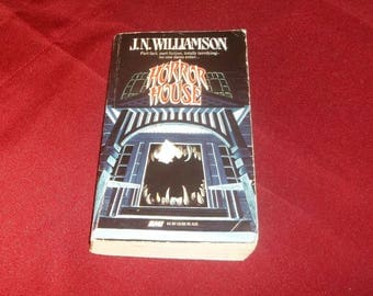 J. N. Williamson Paperback Book Horror House Gothic Haunted Mansion