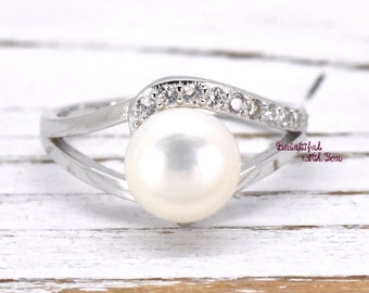 Freshwater Pearl Ring | Silver Unique Pearl Engagement Ring | Womens Pearl Wedding Band | Valentines Gift Ideas | Bridal Beautiful Design