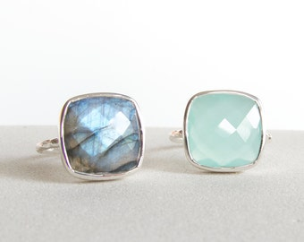 Silver Statement Ring  - Gemstone Ring - Labradorite Ring -  Stackable Ring