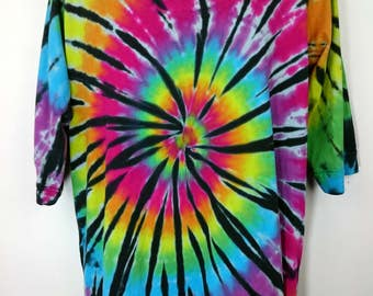 Plus size tie dye, Plus size top, Rainbow plus size, Women's clothing, Plus size tunic, Tunic tie dye, size UK 22-24, Tie dye T-shirt