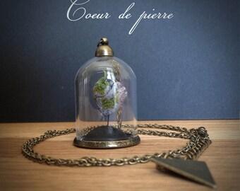 """Bijoux Collier mini-terrarium en verre """"Expression du coeur"""" - coeur de pierre -"""