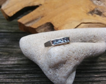 Modern Ring - Band Ring - Eternity Ring - Blue Crystal Ring - Size 8 - Size P - 18MM