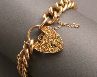 Victorian 9 ct Gold curb bracelet with heart shaped lock