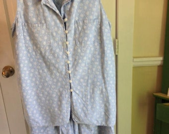80's light blue cotton chambray shorts set, size medium