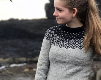 Hand knit Sweater Nordic Fair Isle sweater Icelandic