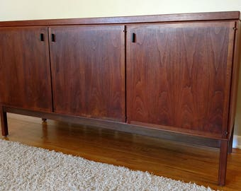 Mid Century Founders Furniture Credenza / Buffet