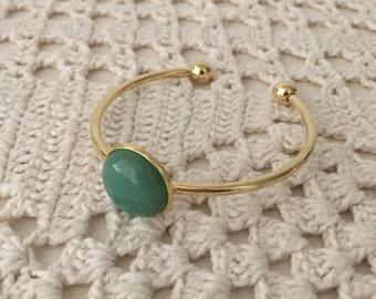 Green Aventurine Open Cuff Bracelet , Gold plated open bangle with green Aventurine  cabochon , Modern Everyday Jewelry.