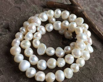 freshwater pearl strand, center drilled, freshwater, shimmery, jewelry supply,supply, beading