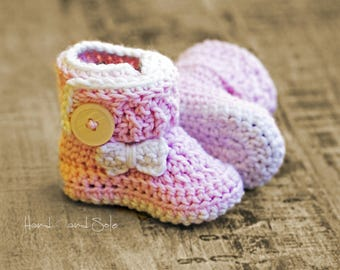 Baby Booties Crochet Pattern, Crochet Baby Pattern, Crochet Booties Pattern with Bow for Baby Girl in sizes Newborn to 18 Mos