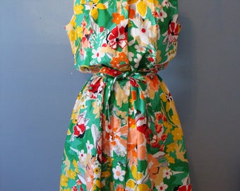 Vintage Dress Tropical Flowers Colorful Retro 70's Floral Print Sleeveless Belted Fit and Flare Hawaiian Spring Summer Resort 1970's Fun