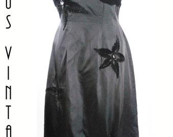 "Sale!! Plus Size UK 16 Vintage 1950s Couture Evening Dress Black Velvet Taffeta Train Feminette Hepburn  EU 44 US 12 Bust 42""  107cm"