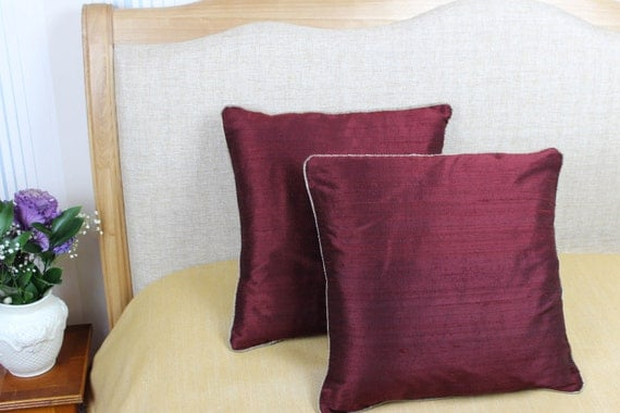 Decorative burgundy coloured 100% pure silk cushion / pillow cover 16 x 16 inch