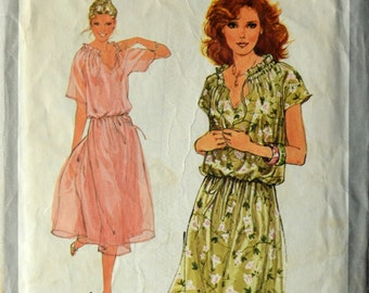 1970s Simplicity Vintage Sewing Pattern 8588, Size 12; Misses' Pullover Dress