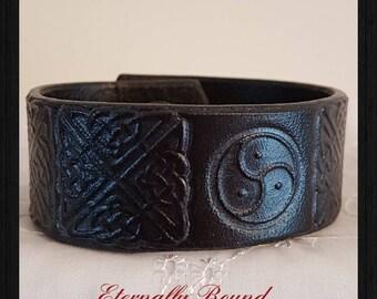 BDSM Triskele Bracelet, wristband, leather, Celtic design, black,BDSM symbol