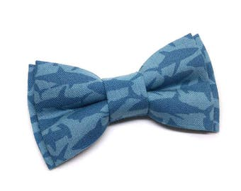 Pet Bow Tie, Cat Bow Tie, Dog Bow Tie, Blue Shark Bowtie, Paw Parade