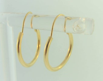 Small  Vintage  Hoop Earrings- 14k Yellow Gold
