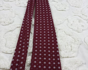 Golden Emblem Polyester wide neck tie 1970s 70s red white blue dot starburst funky hipster prom