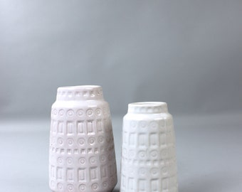 2 mid century Scheurich pottery vases 260 15 Inca flower vase West Germany vintage white 60's