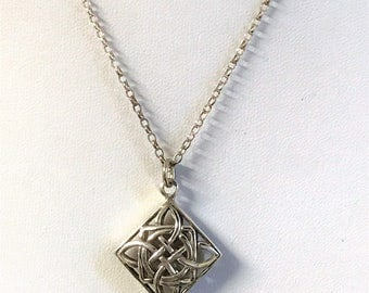 A Beautiful Vintage Sterling Silver Celtic Knot Work Pendant and Silver Chain