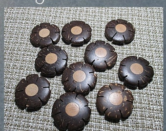 "COCOWOOD WOOD BEADS - natural dark brown color - 30mm ""flowers"" - 10 pieces package"