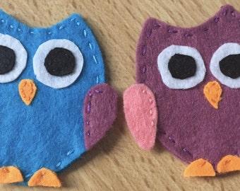 2 Felt owls, Shabby chic owls, Decorative Owl, Colourful owl, Owl applique, Colourful owls, Craft applique, Handmade owl, Retro owl, Bird