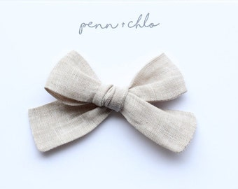 light khaki linen || fabric sailor bow/hand-tied || alligator clip or nylon headband