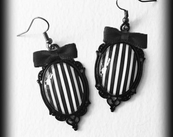 Gothic Steampunk Earrings, Black and White Stripes, Beetlejuice, Gothic Jewelry, Glass Cameo Earrings, Alternative Jewelry, Gothic Gift