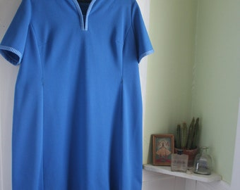 Size 16/18 Plus-Size Vintage 1970's Casual Blue Dress  Extra Large Nautical House Dress