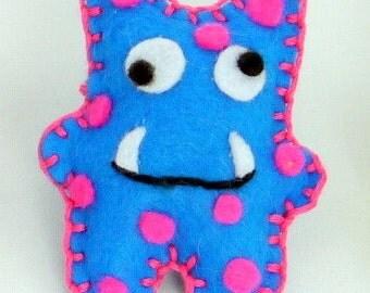Monster Felt Magnet - Fridge Magnet - Decoration for Kitchen Fridge Refridgerator - Handsewn - Various Colours