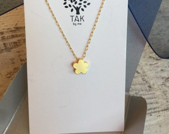 Flower pendant Necklace, Gold Filled/Gold plated