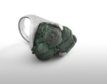 Ring in silver Malachite law